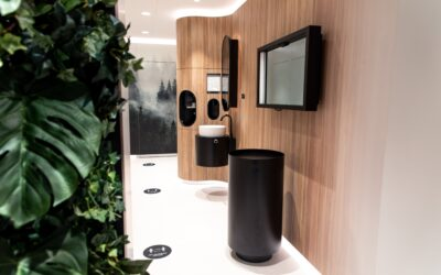 Alderman Antwerp opens next level toilets in shopping Stadsfeestzaal